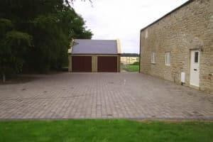 block_paved_driveway