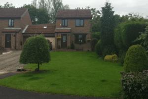 before_driveway_gateshead_garden-pavers